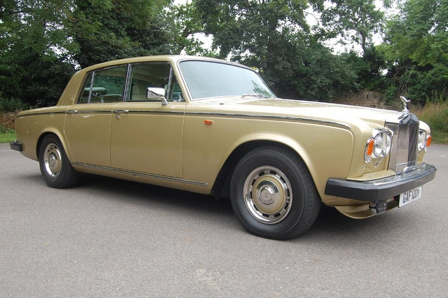 1980 V Rolls Royce Silver Shadow Series II in Willow Gold £69750