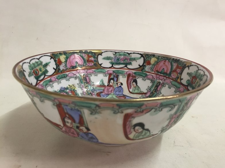 CHINESE HAND PAINTED BOWL