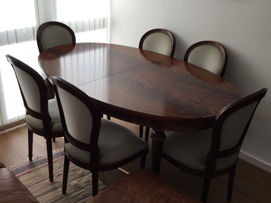 Antique Italian Dining set with 6 chairs.