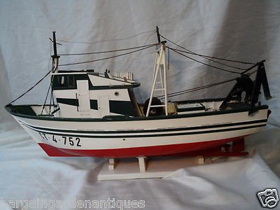 Vintage Maritime Nautical Wooden Display Model Fishing Trawler Ship Hand Painted