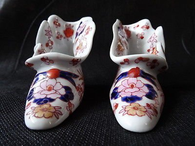 Decorative Vintage Pair Of Oriental Porcelain Dancing Shoes Signed