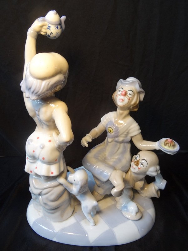 Fine Spanish Porcelain 3 Clowns & Dog Tea Party Figures