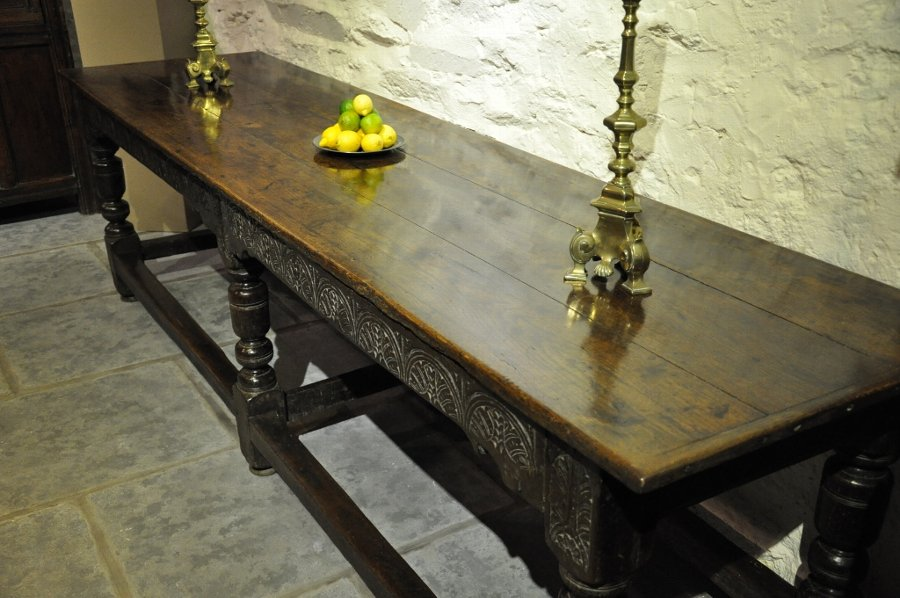 Antique A WONDERFUL CHARLES I WEST COUNTRY OAK REFECTORY TABLE. CIRCA 1630
