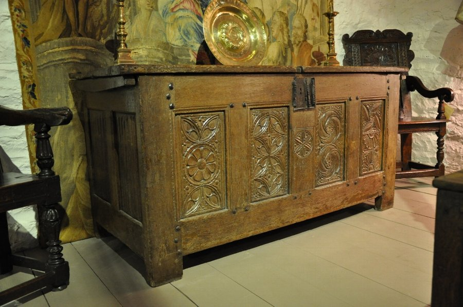 A LARGE 16TH CENTURY NORMAN OAK CARVED CHEST