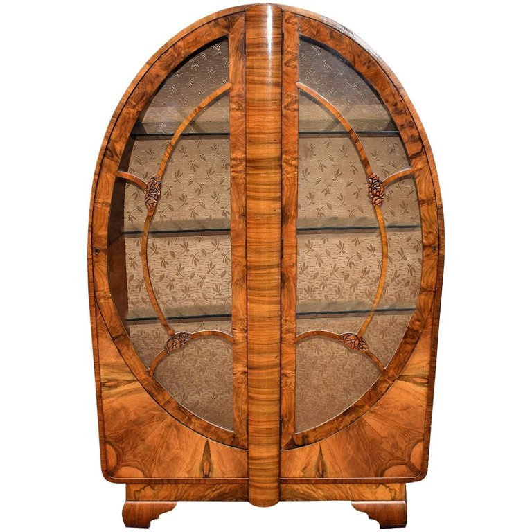 1930's Art Deco Display Cabinet in Walnut