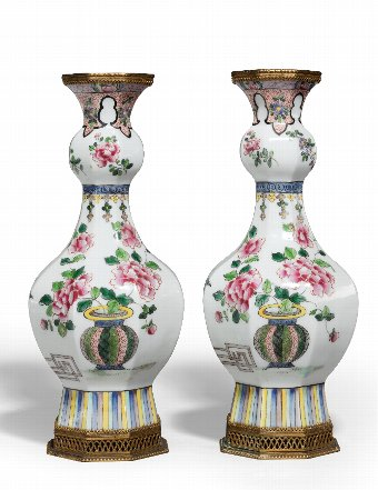 Antique Pair of Early 19th Century Octagonal Porcelain Vases