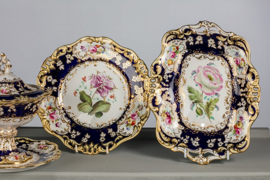 Antique Mid 19th Century Davenport Dessert Service