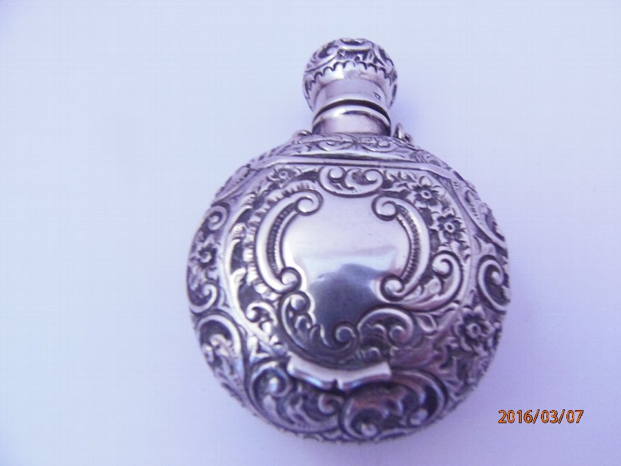 Victorian Silver Scent Flask and Pill Box Combination