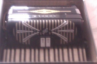 Antique Sonola Accordion, Model LM - PRICE REDUCED BY £100