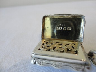 Antique Sterling Silver Vinaigrette by James Fenton