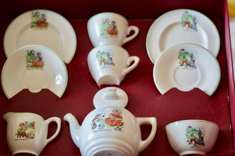 The tea set is In very good condition with only some crazing as expected due to age. The original...