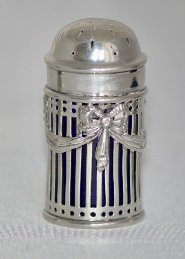Antique An Edwardian Silver Three Piece Cruet Set by ...