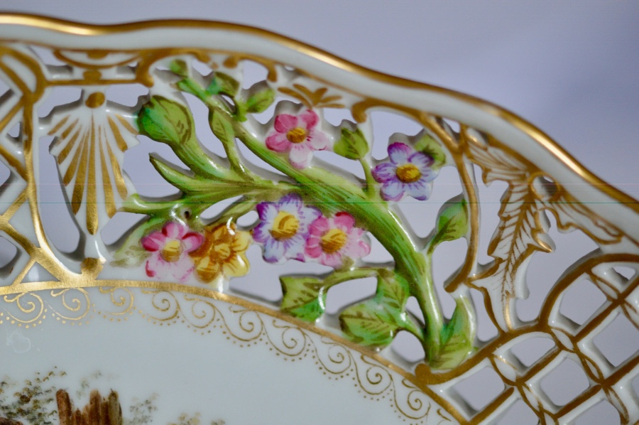 Antique A Delightfully Attractive Dresden Porcelain Oval Dish, circa 1880-90
