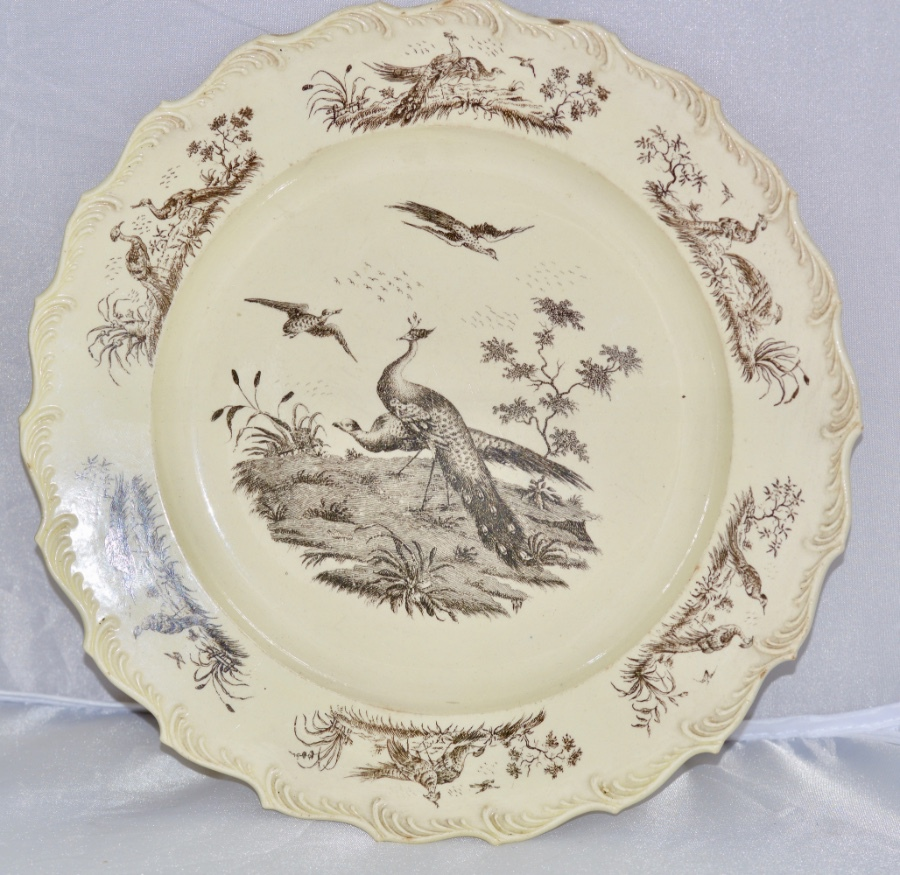 Antique A Superb Pair of 18th Century Wedgwood Printed Creamware Dessert Plates