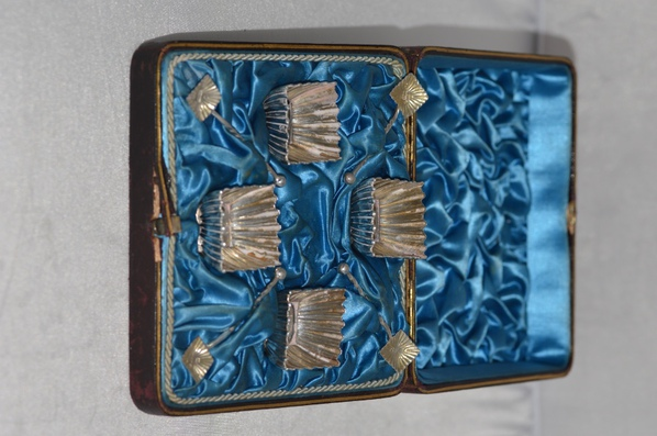 Antique Cased Set Of Four 1885 Victorian Silver Square Salt Cellars and Spoons