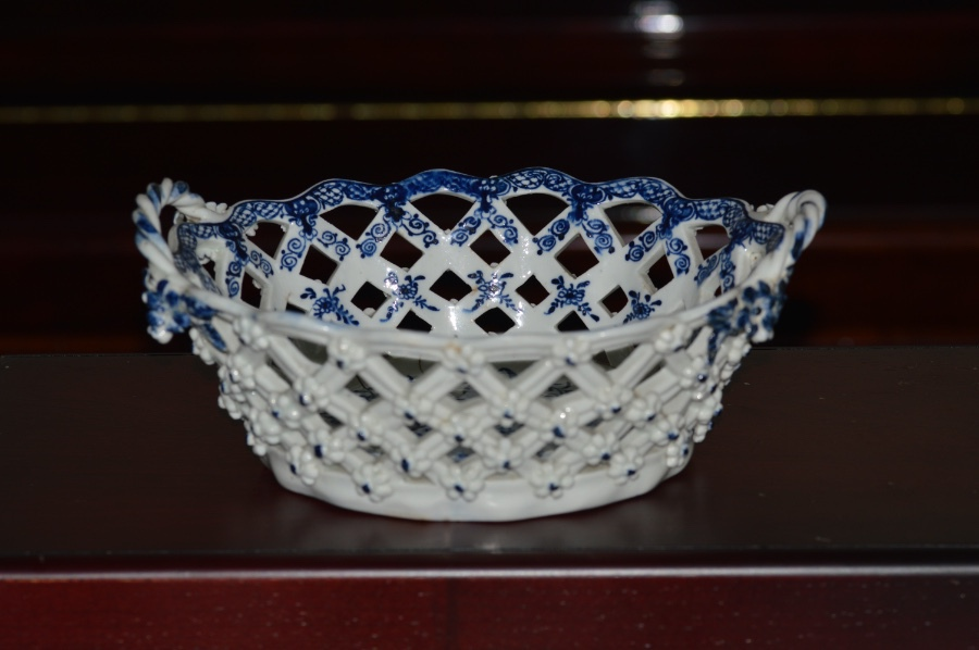 Antique 18th Century Lowestoft Ceramic Basket - Printed and Painted in Pine Cone Pattern