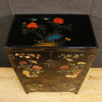 Antique French lacquered and painted chinoiserie cupboard