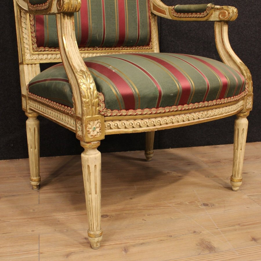 Antique Pair of Italian armchairs in Louis XVI style