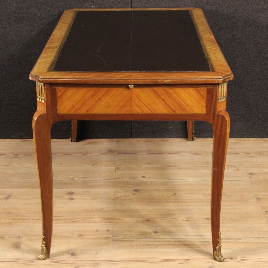 Antique French writing desk in mahogany and rosewood from the early 20th century