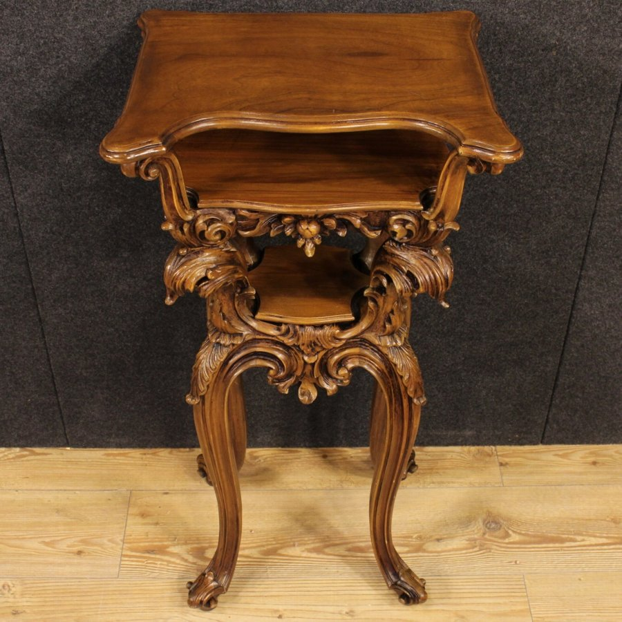 Antique French side table in carved wood with floral decorations