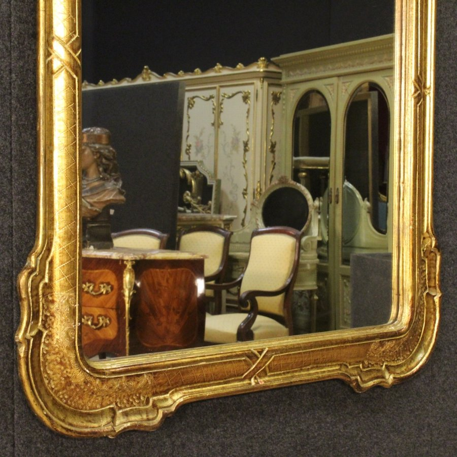 Antique Italian mirror in golden wood