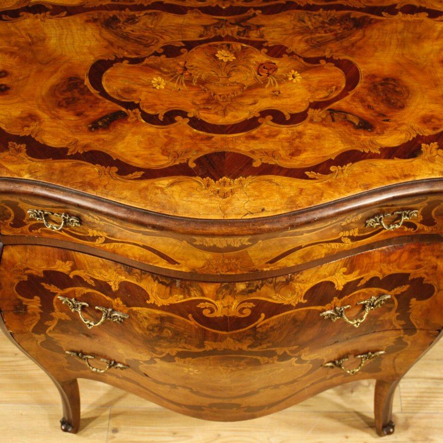 Antique Italian inlaid chest of drawers in Louis XV style