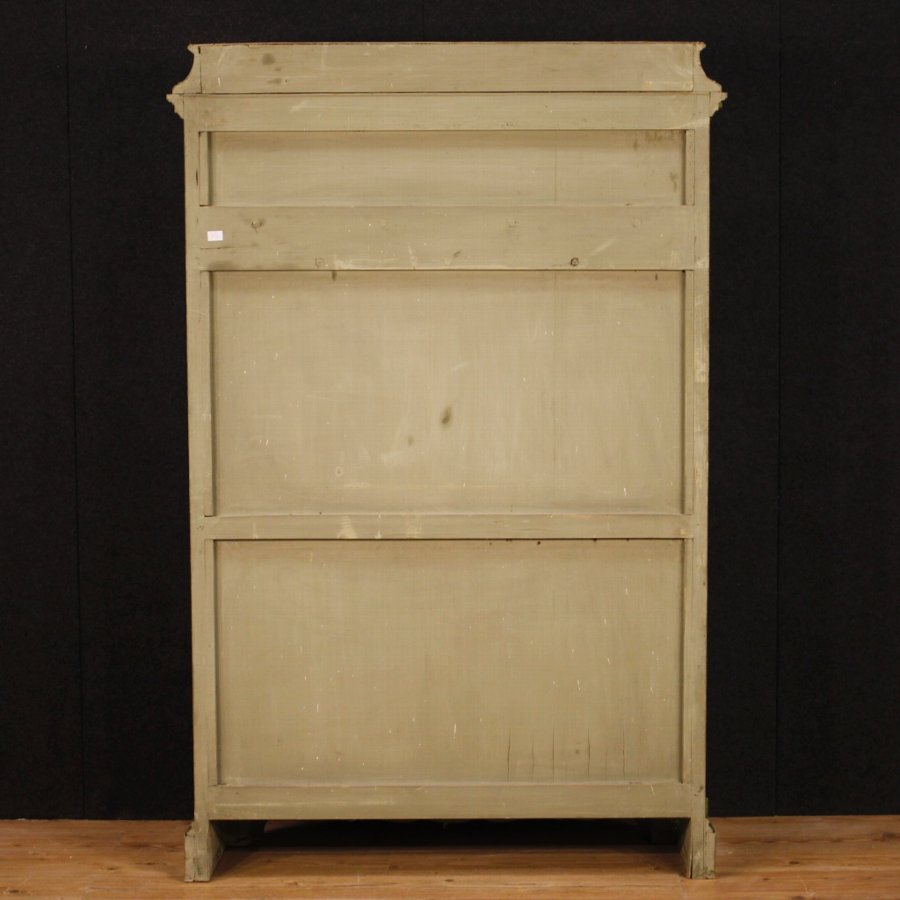 Antique Venetian wardrobe in lacquered wood