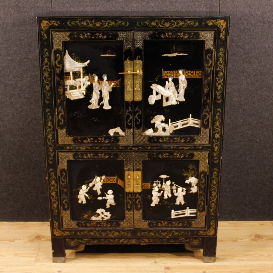 Antique French lacquered chinoiserie sideboard with 4 doors