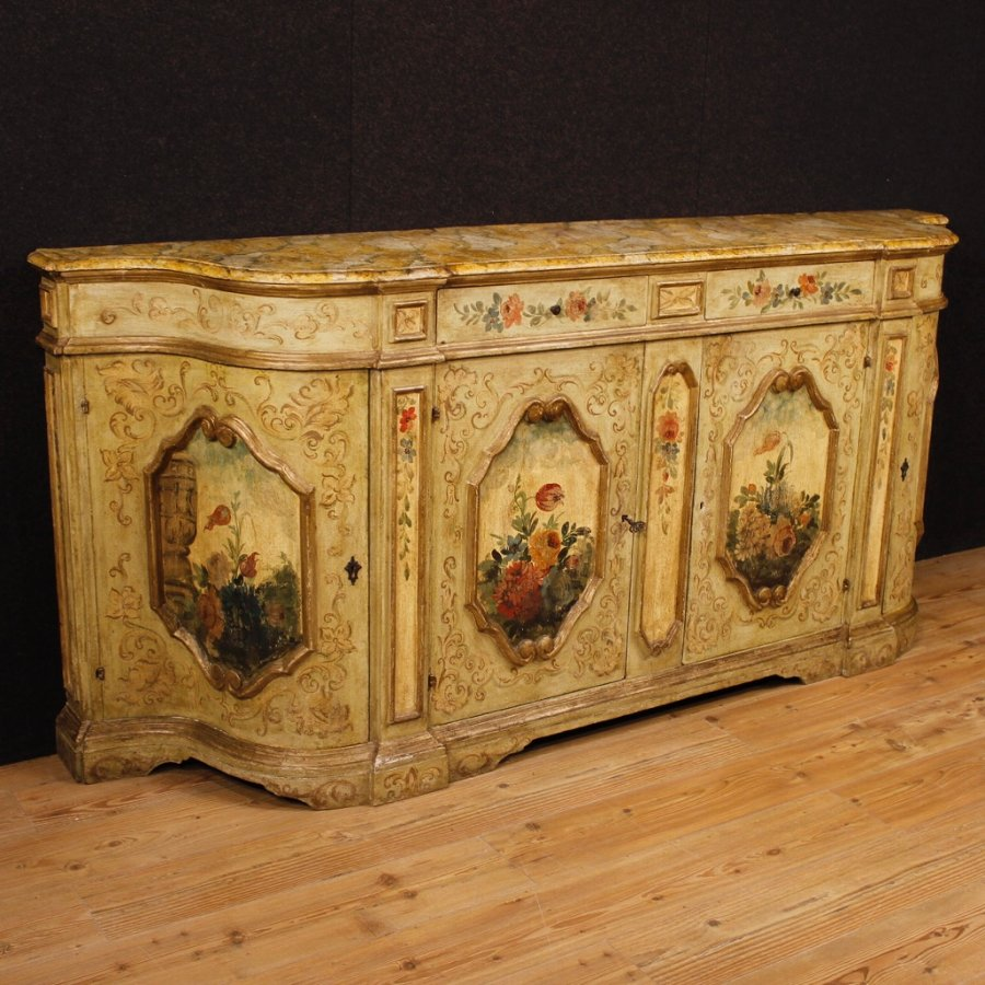 Venetian lacquered and painted sideboard with floral decorations