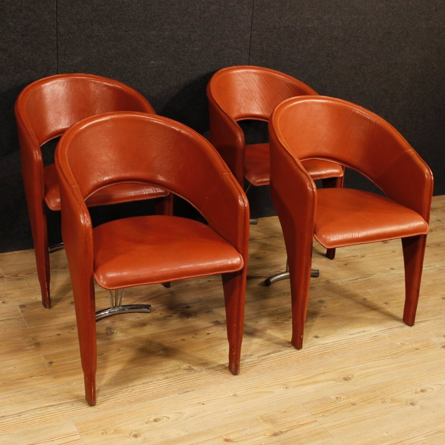 Antique 4 Italian design chairs in leather and metal