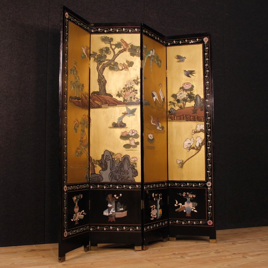 French screen in lacquered and painted chinoiserie wood