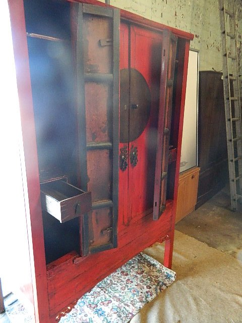 antique original large chinese red laquered Quinghai wardrobe / cabinet, citrca 1840
