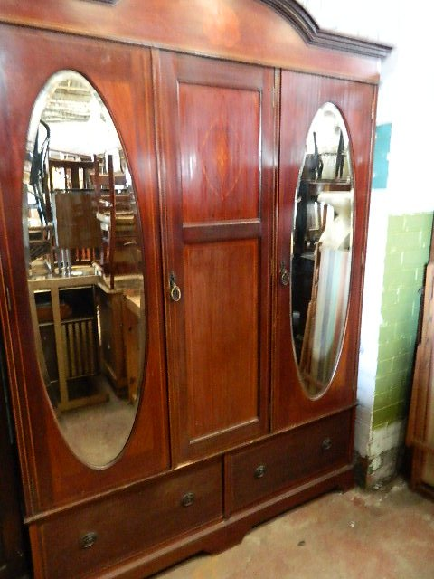Spectacular Georgian/ Regency mahogany double wardrobe