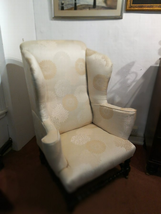 Large early 20th century armchair in the Georgian manner