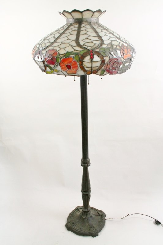 Tiffany Style Floor Lamp with Lead Glass Floral Shade