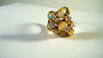 Antique 14 kt gold ring with opals