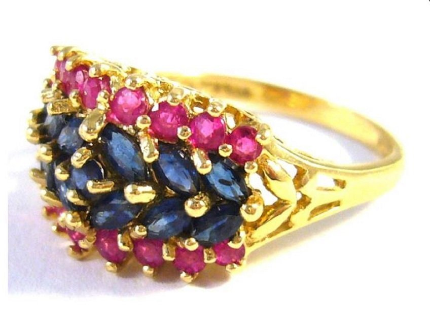 14 kt gold ring with sapphires and rubies