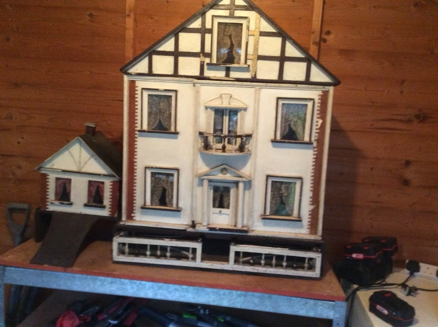 Edwardian Dolls House