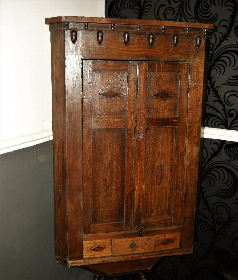 Georgian Oak Corner Cabinet