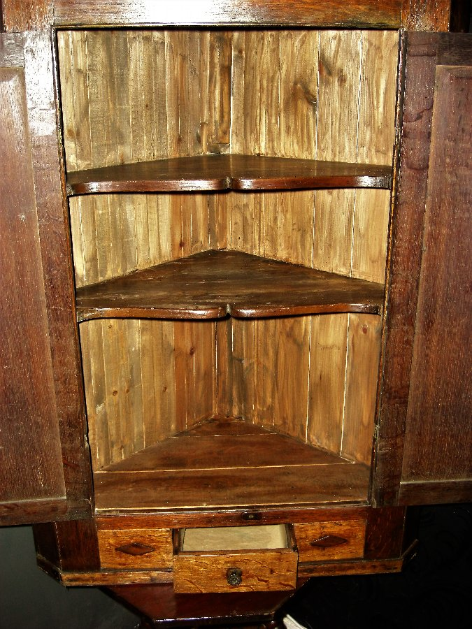 Antique Georgian Oak Corner Cabinet
