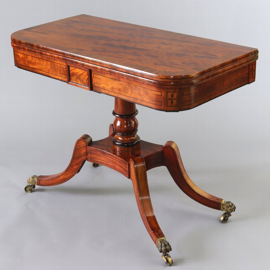 Georgian Figured Mahogany & Rosewood Crossbanded Fold-Over Card Table