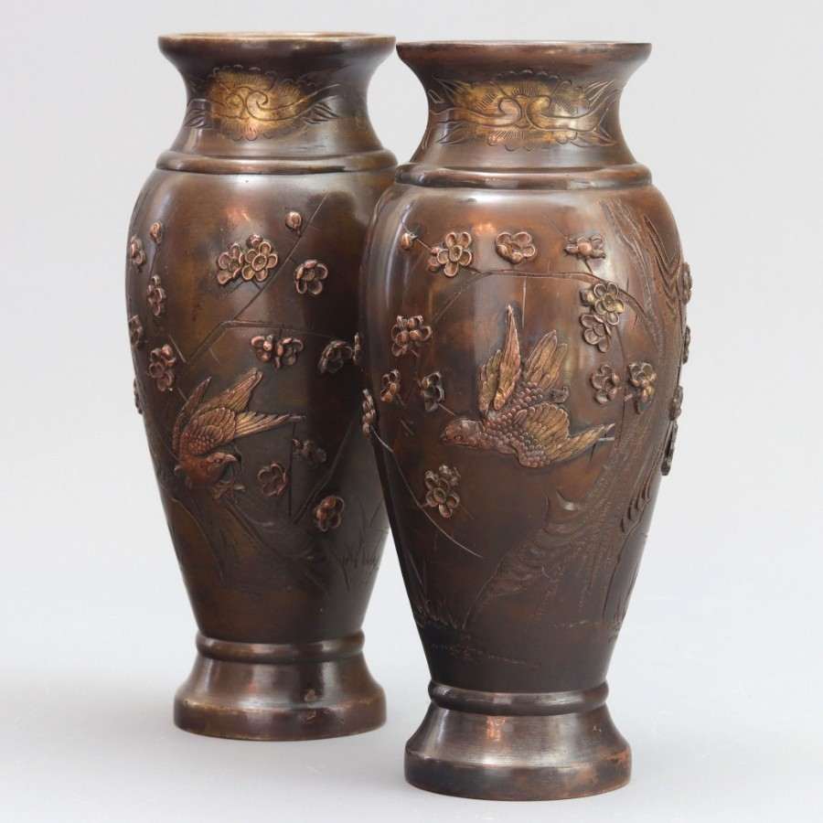 Fine Pair of Meiji Period Japanese Bronze Vases With Applied Decoration c1880