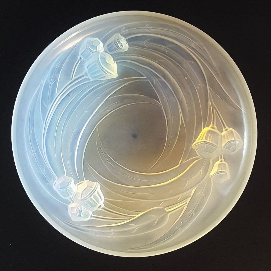 Etling Art Deco Opalescent Glass Dish c1925