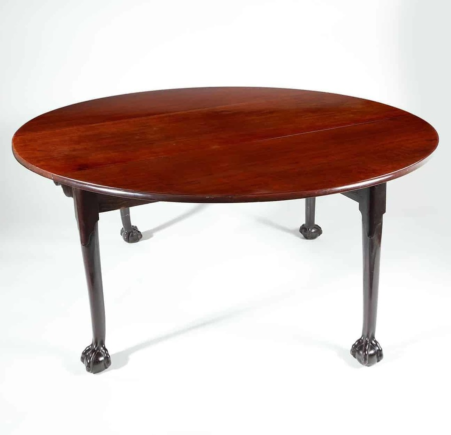 Antique Gate Leg Dining Table in Mahogany