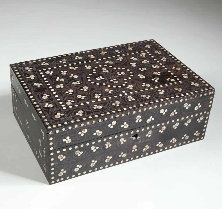 Indian Ebony Dressing Box