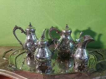 Antique Queen Dª Maria style Tea and Coffee set in Portuguese Silver