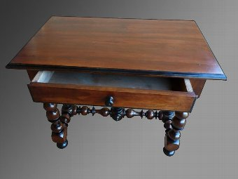 Antique LOUIS XIII PERIOD TABLE