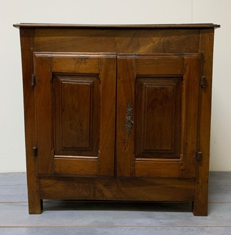 Antique WALNUT CUPBOARD