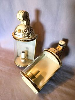 Antique PAIR OF 20th C WALL LAMPS
