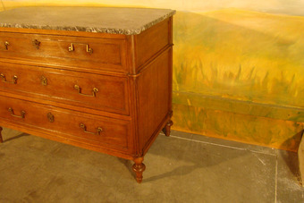 Antique LOUIS XVI PERIOD CHEST OF DRAWERS
